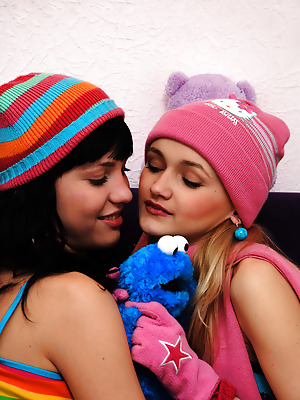 Amour Angels  Angela, Julia  Babes, Lesbians, Cute, Naughty, Funny, Teens, Crazy